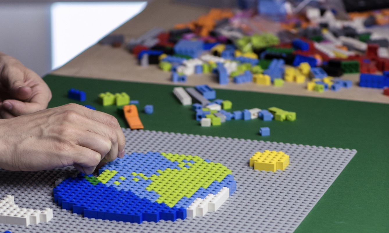 Reusing LEGO to celebrate World Environment Day