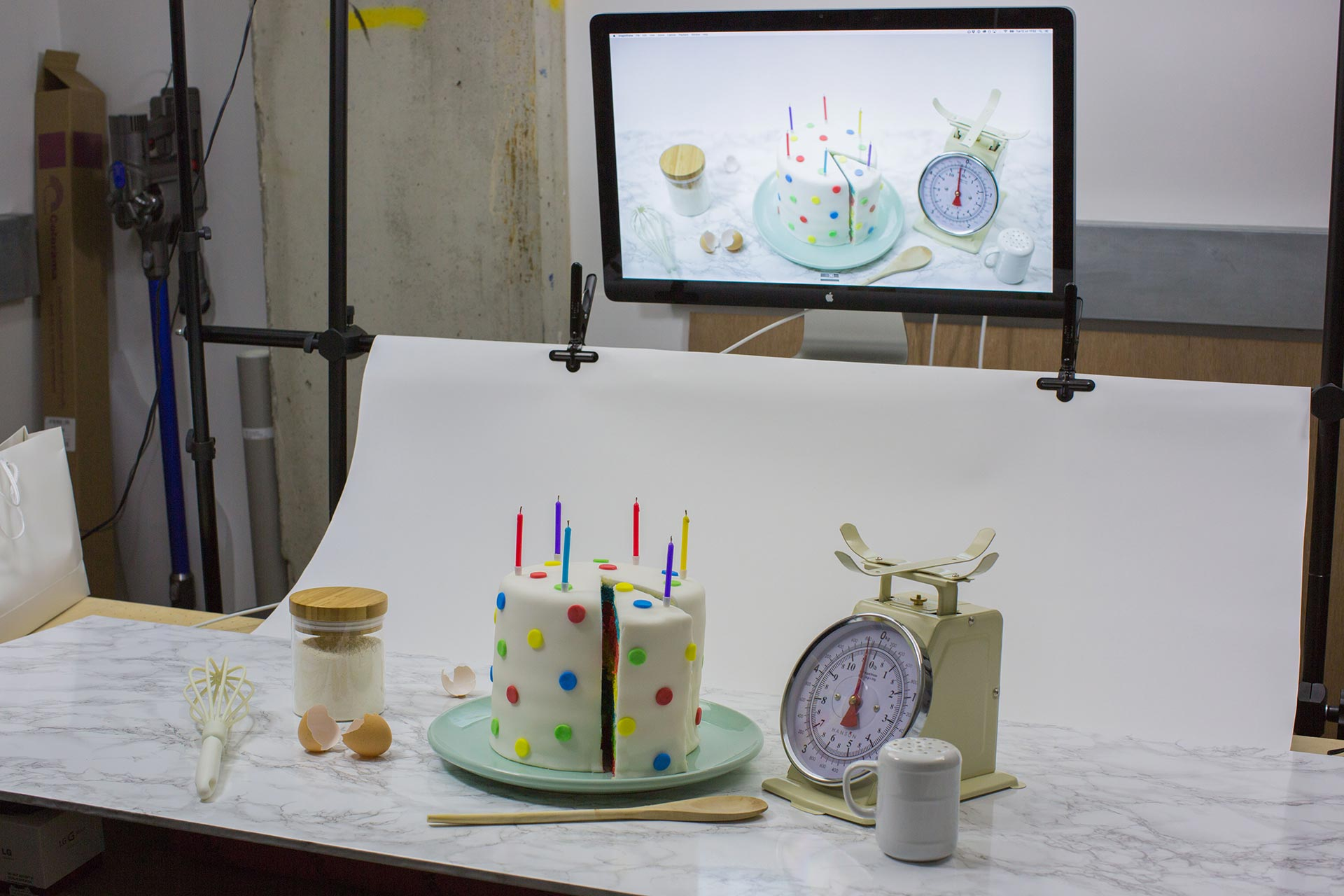 Google Magic cake on set