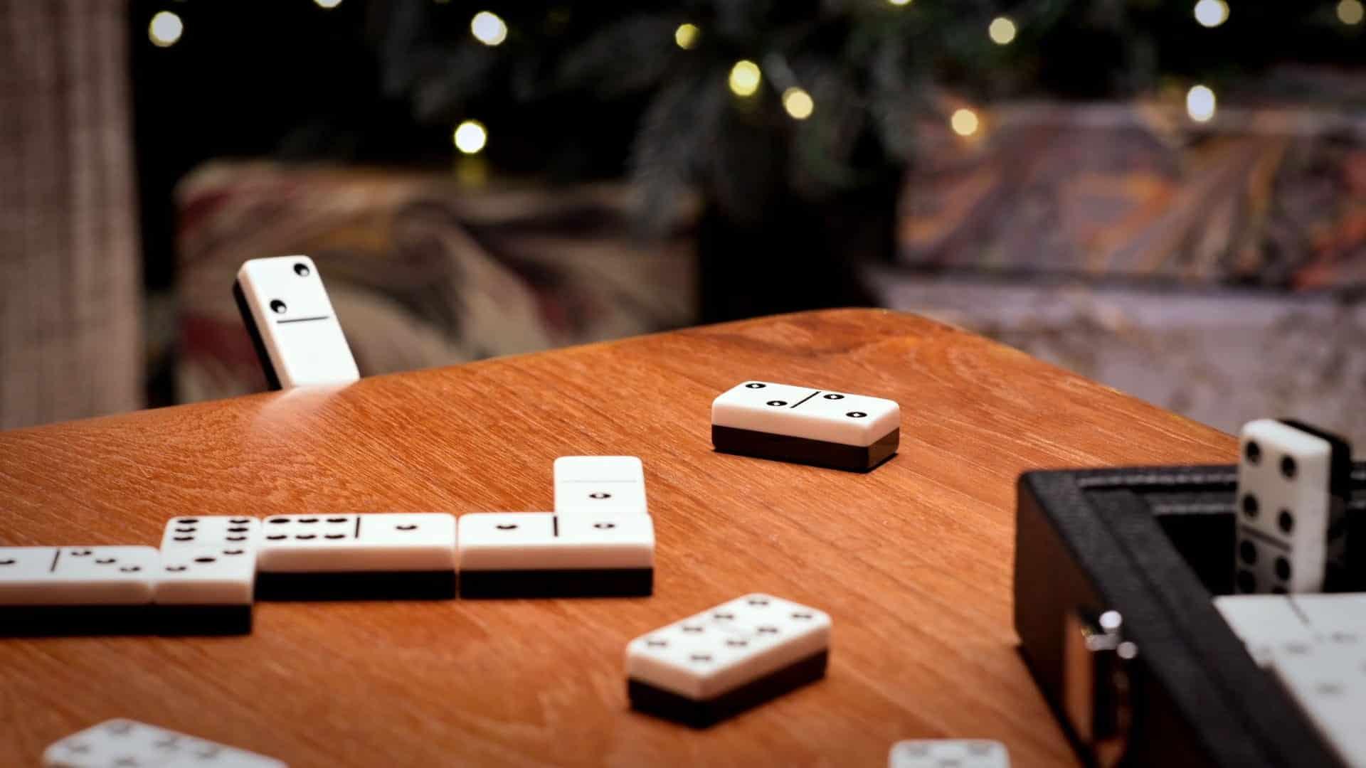 Dominos matches fashion